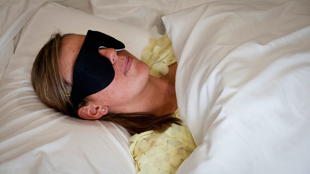 The light therapy has been designed so that it doesn't interfere with your sleep and each mask records patient usage